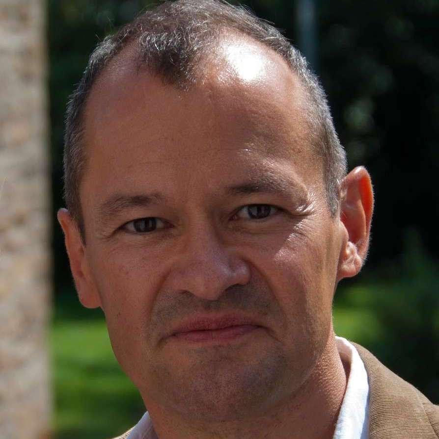 Dr. Klaus Vossenkaul